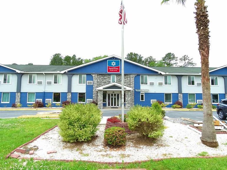 SureStay Plus Hotel by Best Western Savannah I95 - Aussenansicht