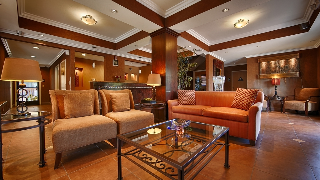 Best Western Diamond Bar Hotel & Suites - Hotel Lobby