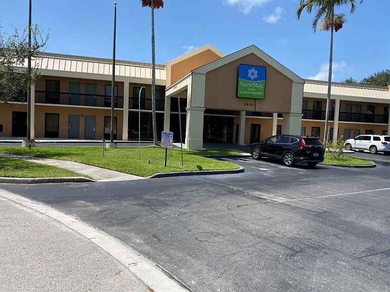 SureStay Hotel by Best Western Fort Pierce - Vista exterior