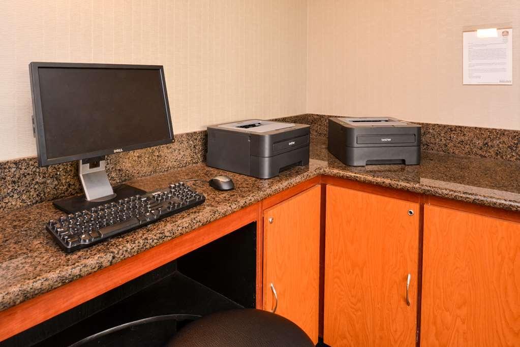 Best Western Plus Suites Hotel - affari-centro