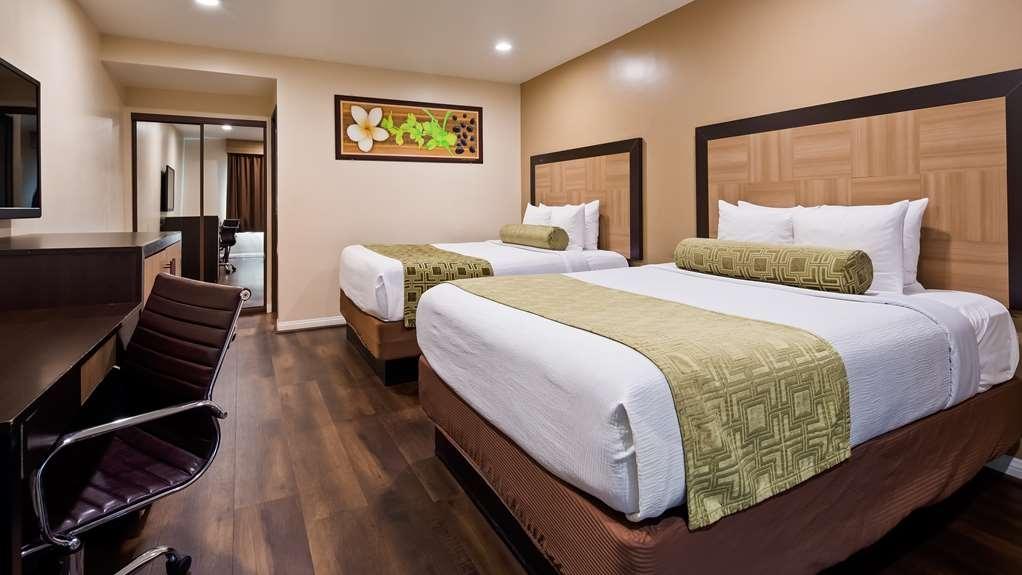Best Western Plus Glendale - Two Queen Guest Room