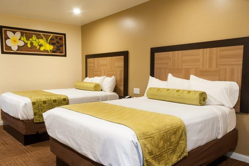 Best Western Plus Glendale - Executive Room with Two Queen
