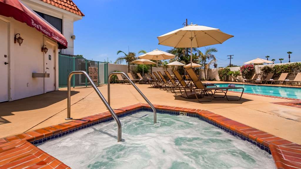 Best Western Plus Casablanca Inn - Pool view