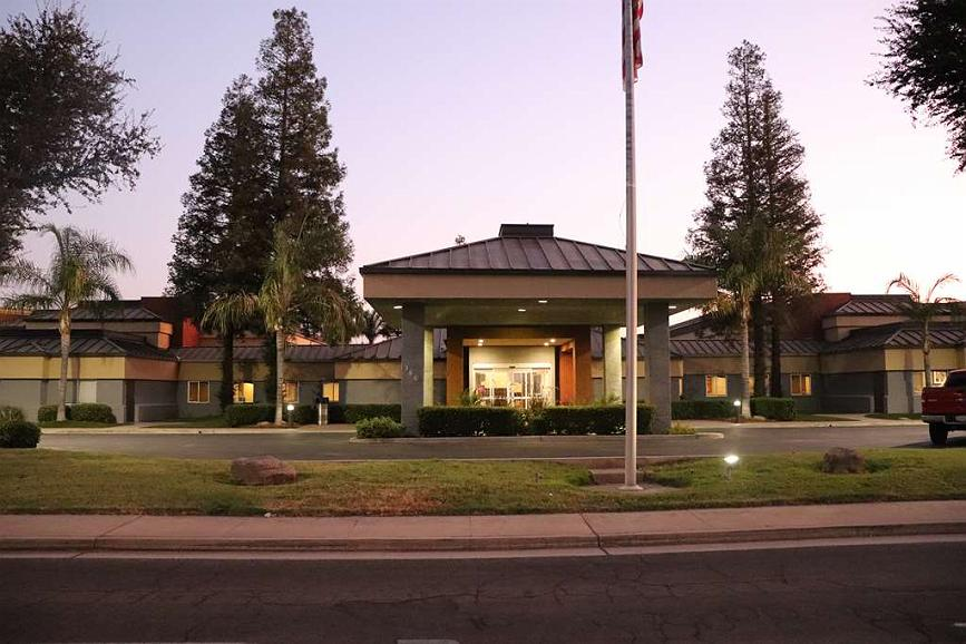 Best Western Porterville Inn - Streetview