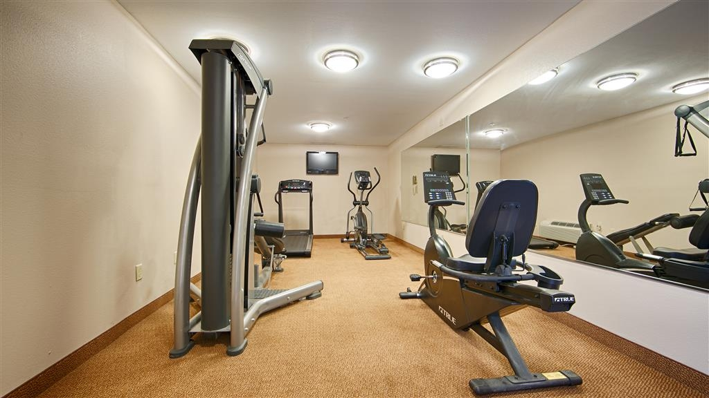 Best Western Porterville Inn - Keep up with your workout routine in our Fitness Center