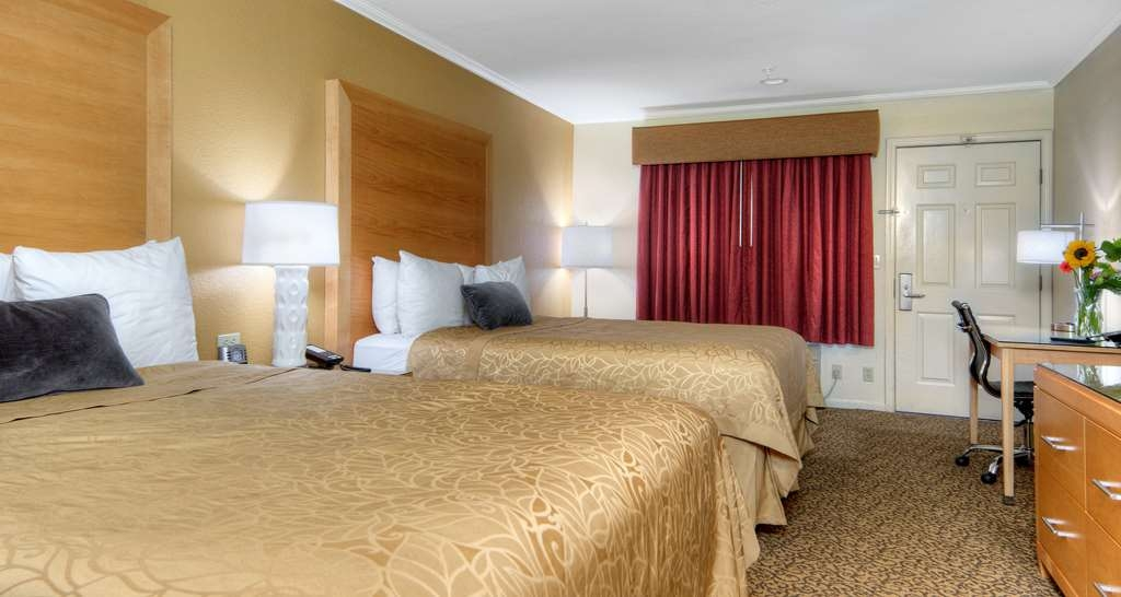Best Western Plus Dixon Davis - Make yourself at home in our 2 Queen Beds exterior corridor room. (Pet friendly)
