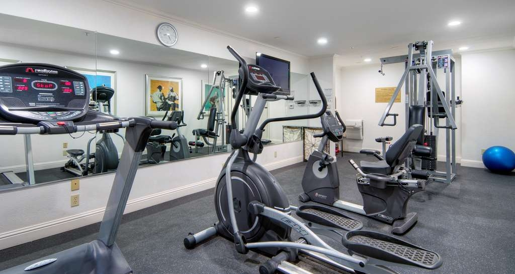 Best Western Plus Dixon Davis - Keep up with your workout routine in our fitness center.