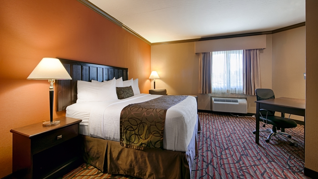 Best Western Plus Brookside Inn - Make yourself at home in our king guest room.