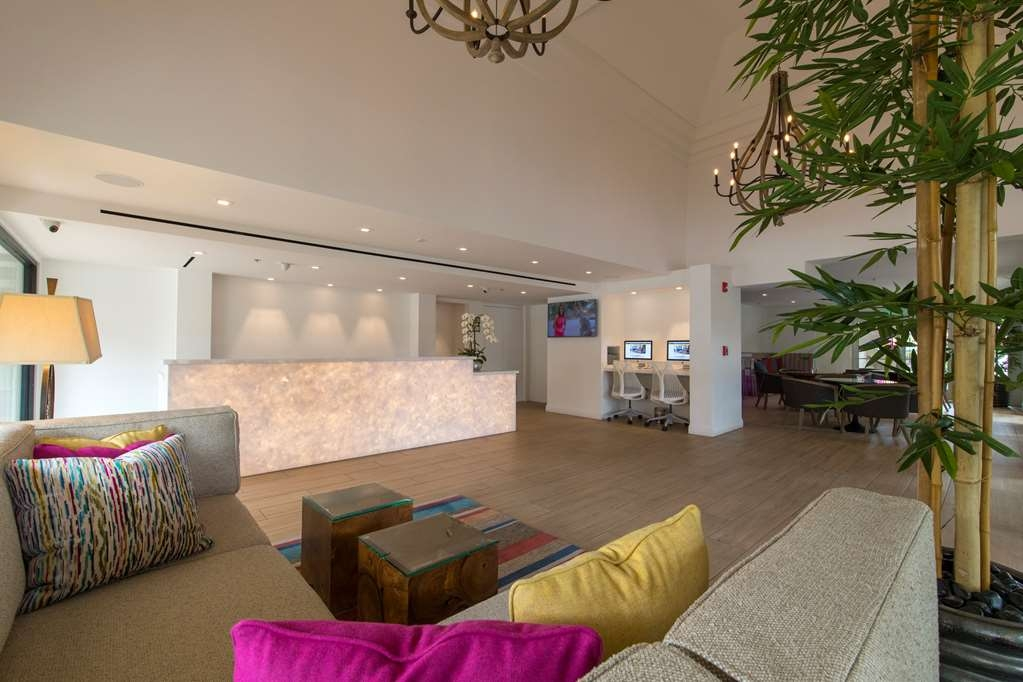 Best Western Plus Las Brisas Hotel - Expectation starting from the moment you walk into our lobby