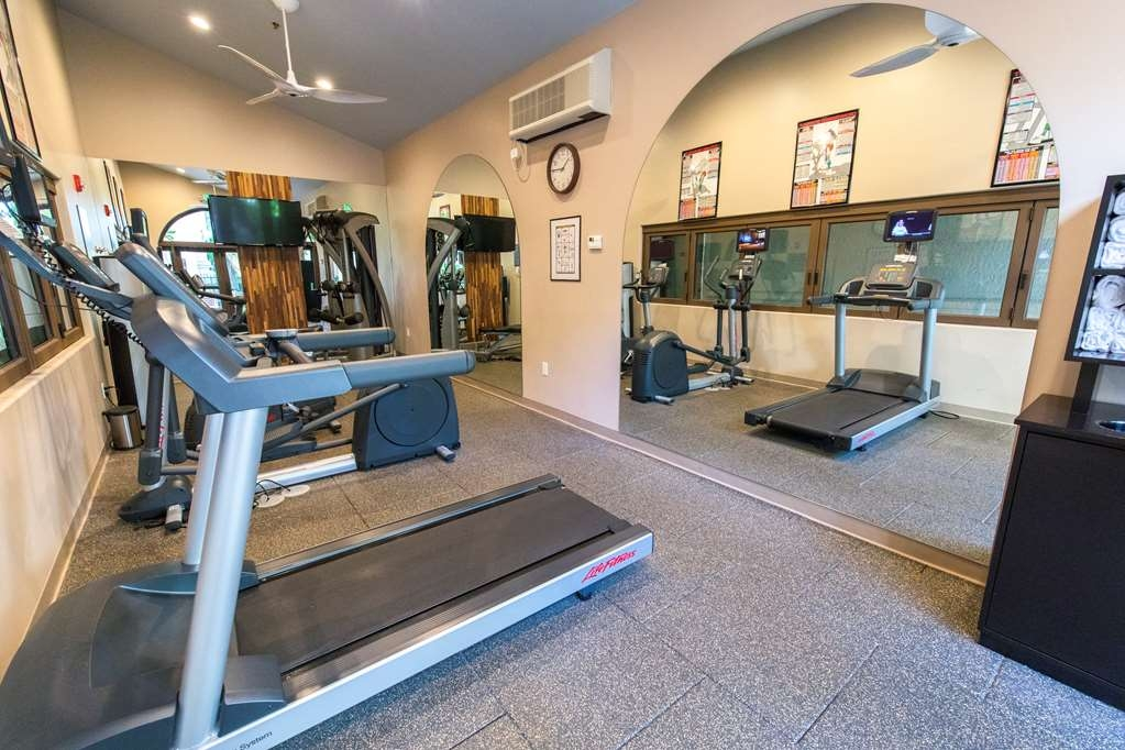 Best Western Plus Las Brisas Hotel - New fitness center to complete a full workout