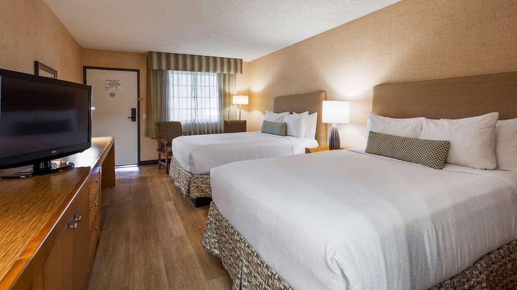 Best Western Plus Las Brisas Hotel - Guest room