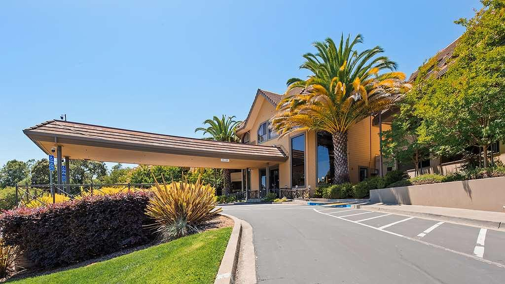 Best Western Plus Novato Oaks Inn - Area esterna
