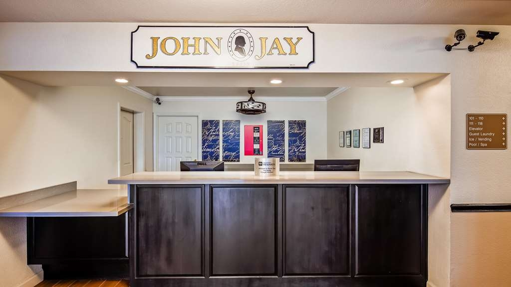 Best Western John Jay Inn - Hall
