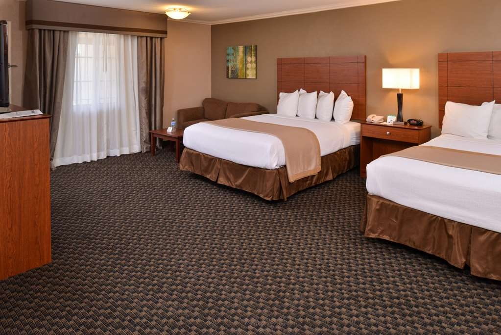 Best Western Oxnard Inn - Suite