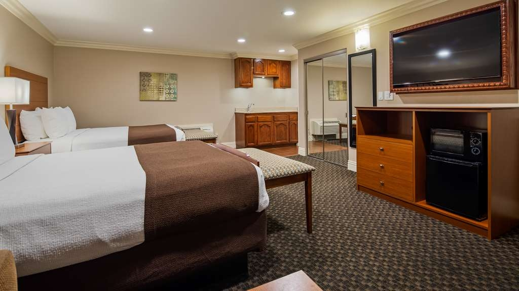 Best Western Oxnard Inn - Suite