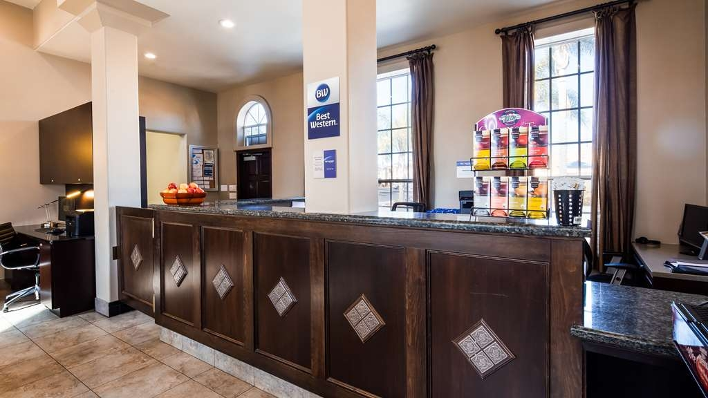 Best Western Oxnard Inn - Vue du lobby