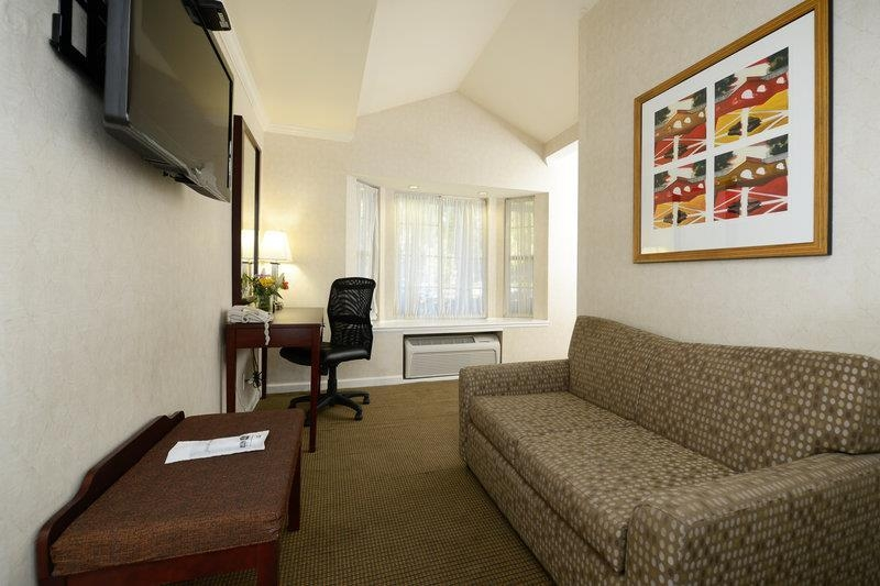 Best Western Plus Riviera - Suite
