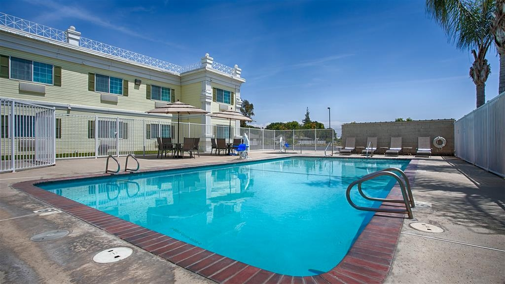 Best Western Americana - Swimmingpool