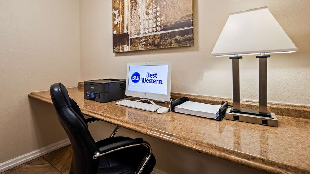 Best Western El Centro Inn - Business Center