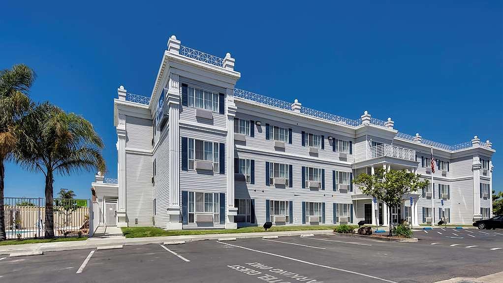 Best Western Salinas Monterey Hotel - Vista Exterior