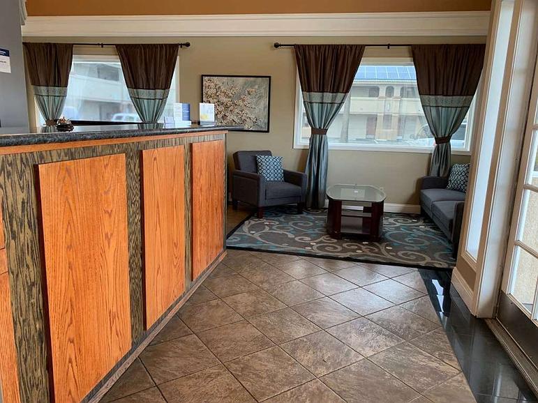 Best Western Kettleman City Inn & Suites - Vista del vestíbulo