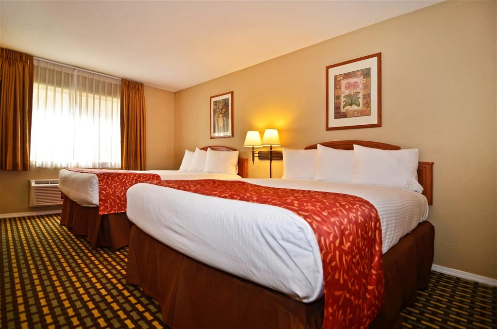 Best Western Kettleman City Inn & Suites - Need to get your work done during your stay with us? We offer free high-speed Internet in every guest room.