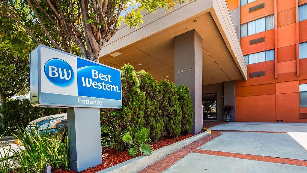 Best Western Los Angeles Worldport Hotel - Vista exterior