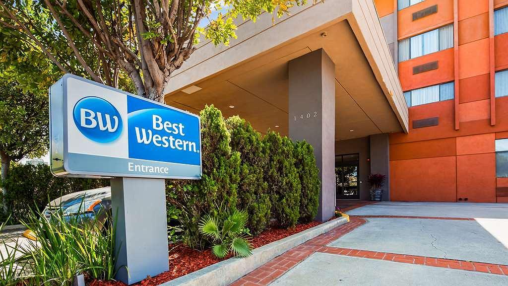 Best Western Los Angeles Worldport Hotel - Area esterna