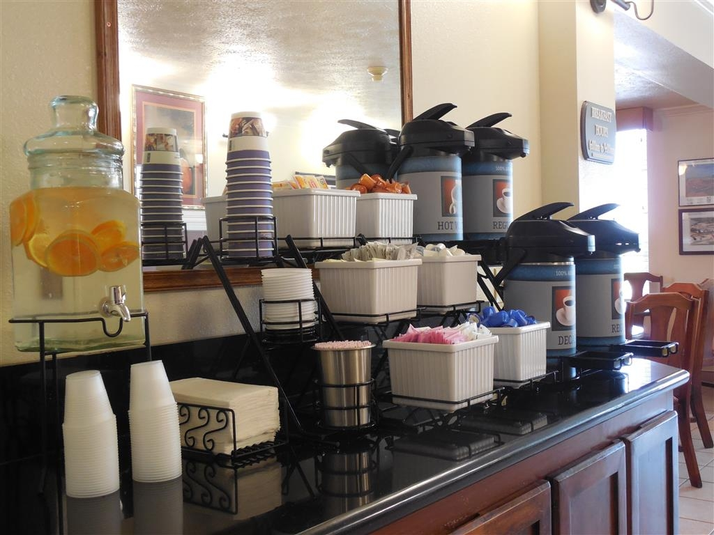 Best Western John Jay Inn - Relax and enjoy complimentary coffee in our lobby before you start your day.