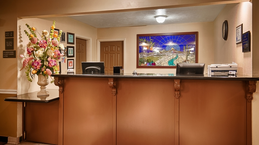 Best Western John Jay Inn - We make each guest our top priority, and we won't rest until you're happy.
