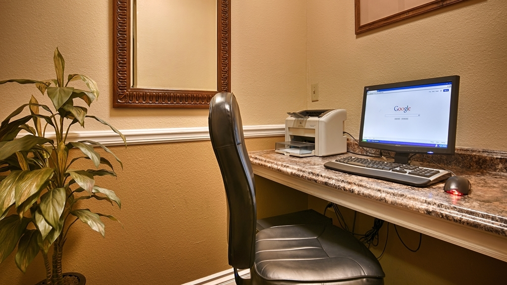 Best Western John Jay Inn - Our business center features a free printer for you to use.