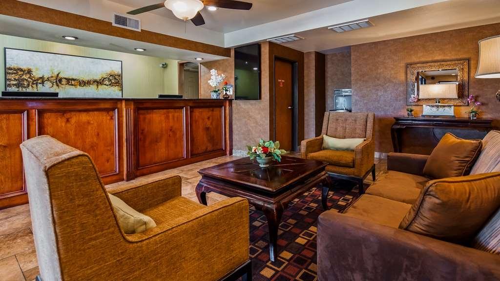 Best Western Exeter Inn & Suites - Hall