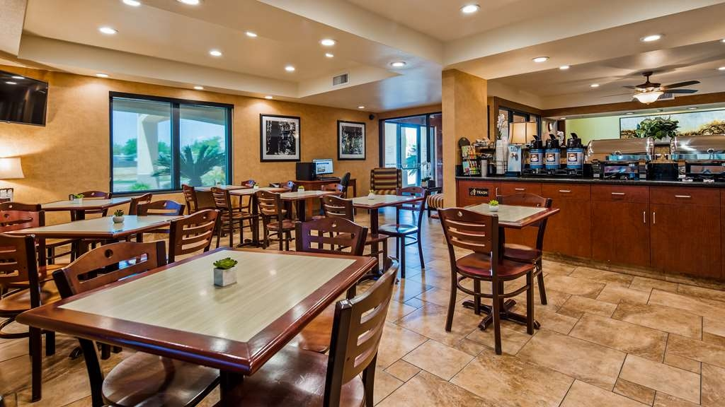 Best Western Exeter Inn & Suites - Ristorante / Strutture gastronomiche