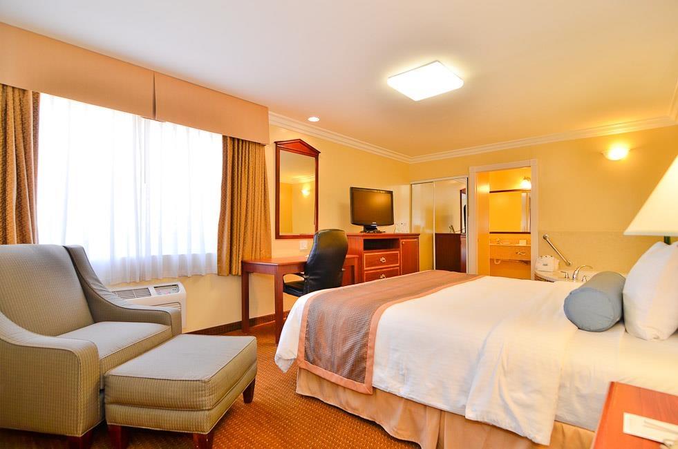 Best Western China Lake Inn - spa