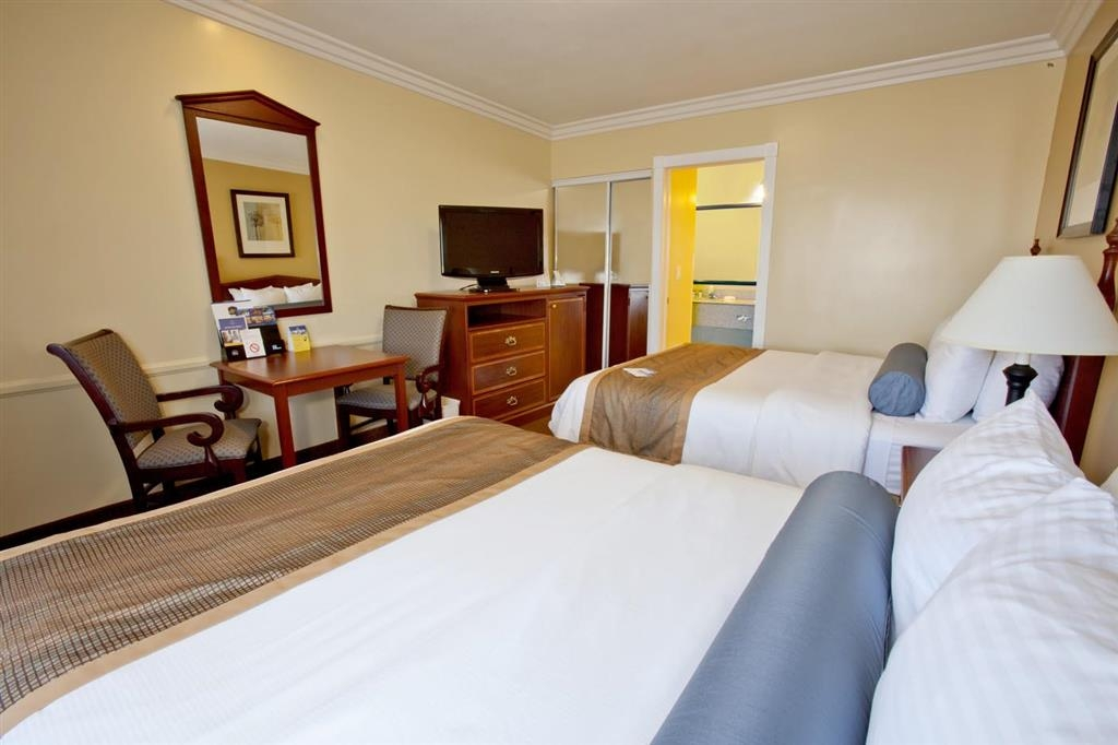 Best Western China Lake Inn - Our standard two queen bed room or suite with free Wi-Fi, in-room coffee, microwave and refrigerator with 39-inch LCD TV with full cable & HBO®.