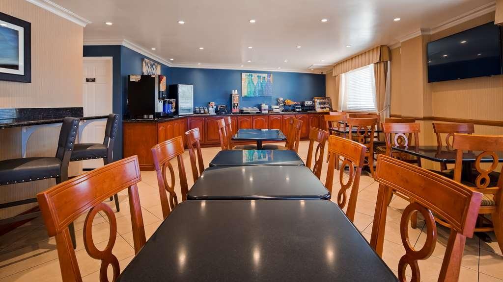 Best Western China Lake Inn - Restaurant / Etablissement gastronomique