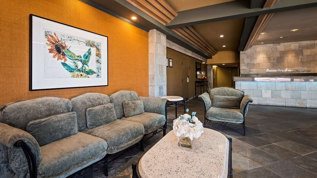 Best Western Encinitas Inn & Suites at Moonlight Beach - Hall