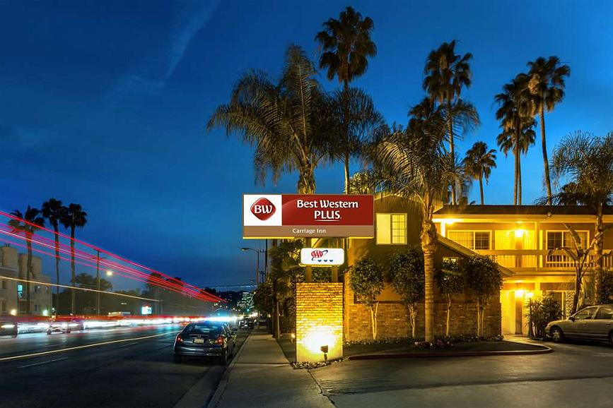 Best Western Plus Carriage Inn - Vista Exterior