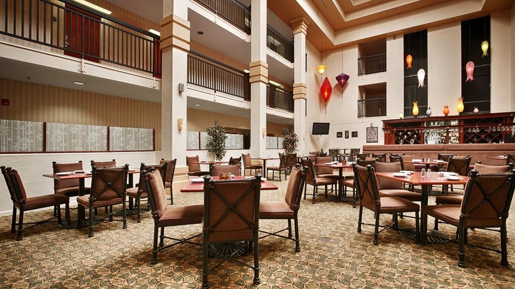 Best Western Plus Villa Del Lago Inn - Restaurante/Comedor