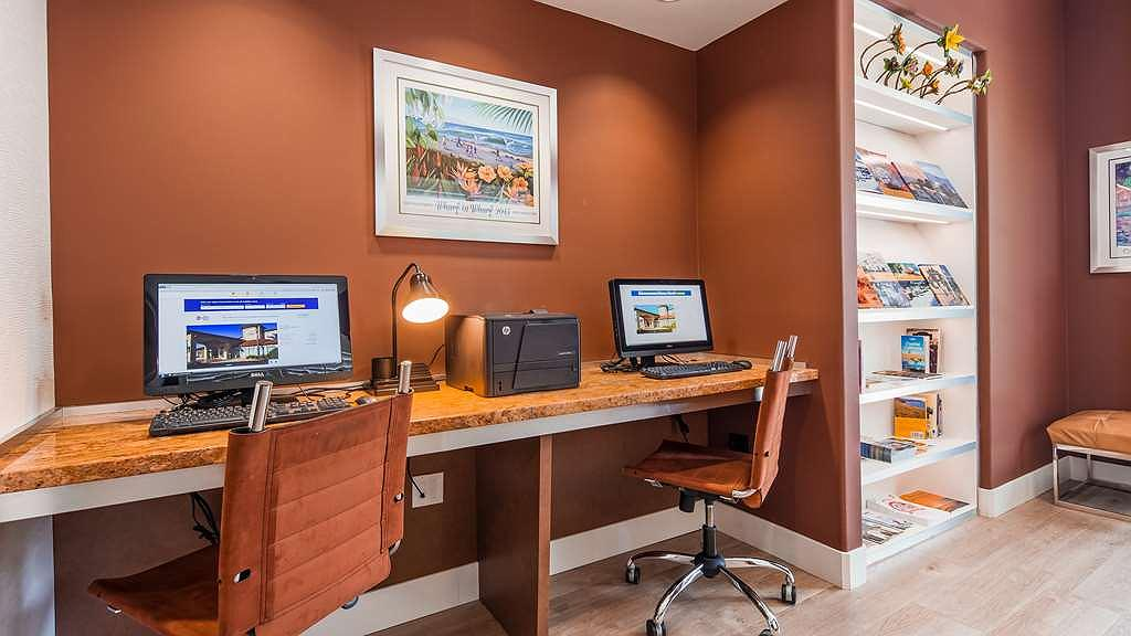 Hotel In Capitola Best Western Plus Capitola By The Sea