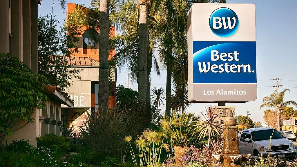 Best Western Los Alamitos Inn & Suites - Vista exterior