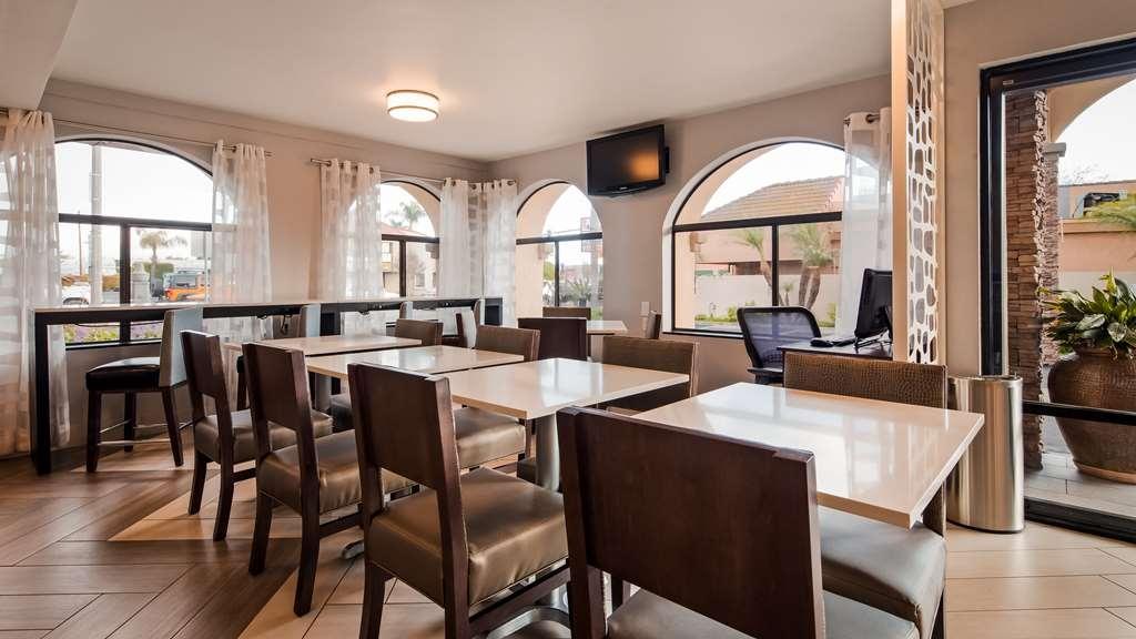 Best Western Los Alamitos Inn & Suites - Restaurant / Gastronomie