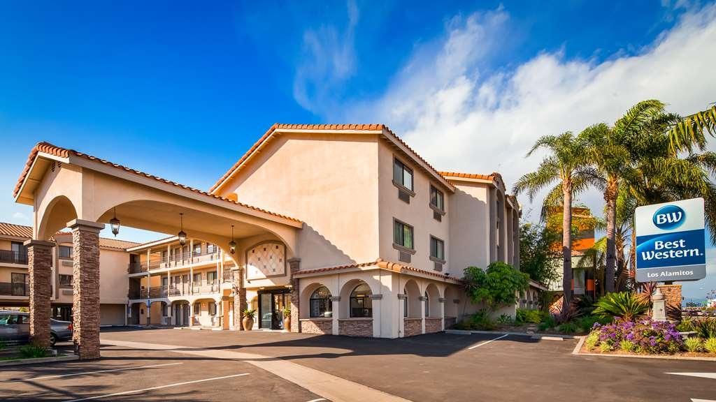 Best Western Los Alamitos Inn & Suites - Facciata dell'albergo