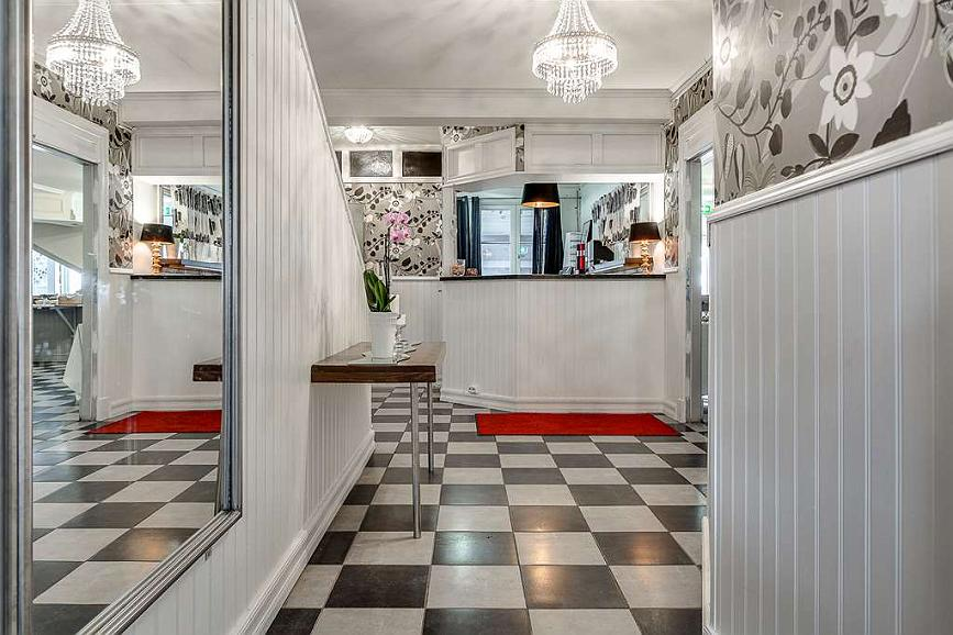 Sure Hotel by Best Western Hedasen - Vue du lobby
