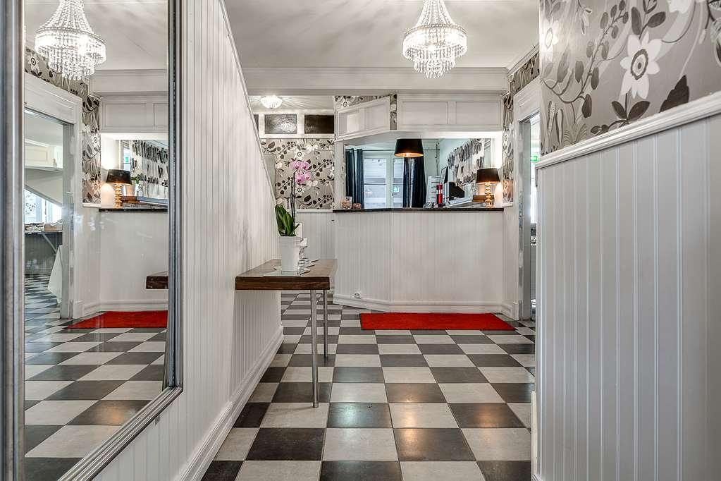 Sure Hotel by Best Western Hedasen - Vista del vestíbulo