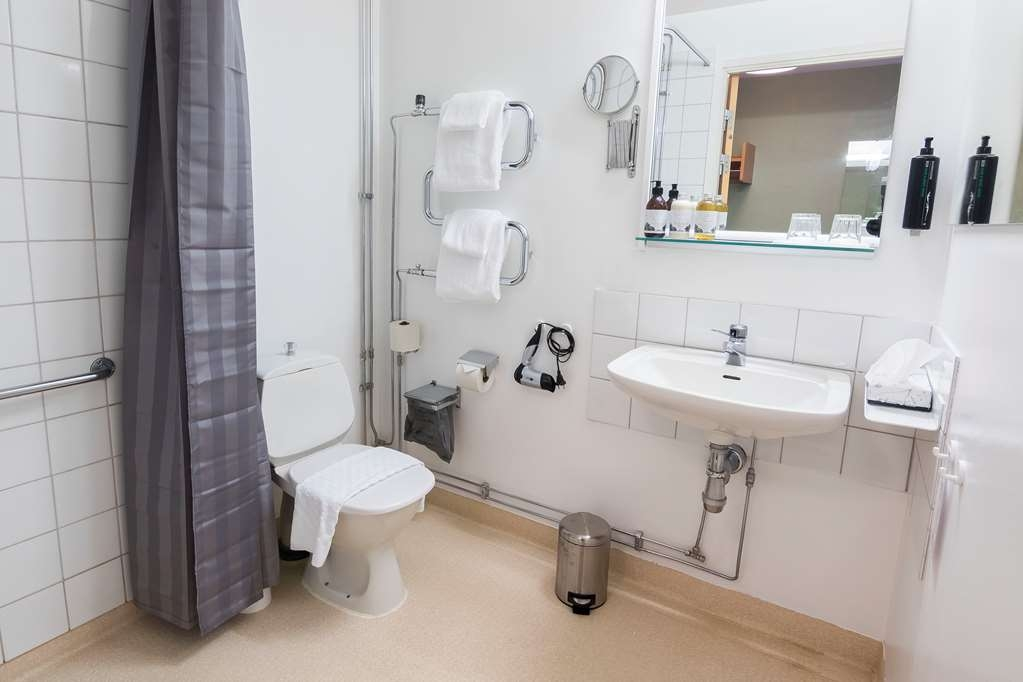Hotell Frykenstrand, Sure Hotel Collection by Best Western - Guest Bathroom
