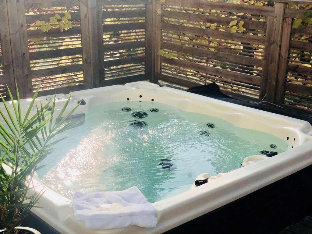Hotel Malmkoping, Sure Hotel Collection by Best Western - Vista de la piscina