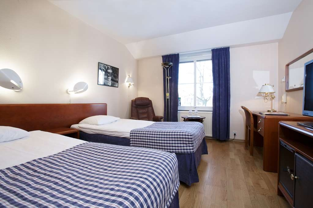 Sure Hotel by Best Western Centralhotellet - Standard Guest Room with Two Separate Twin Size Beds
