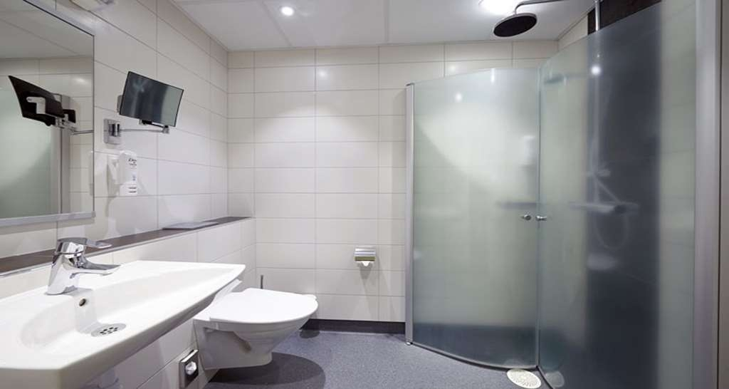 Sure Hotel by Best Western Radmannen - Guest Bathroom