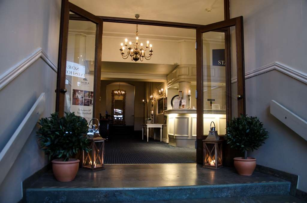 Nora Stadshotell, Sure Hotel Collection by Best Western - Hotel Entrance